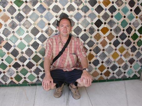 20111108232745-alhambra2005.jpg