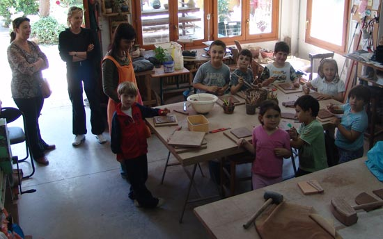 Visita del curso de cerámica.