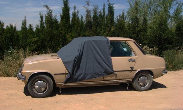 El coche del desierto (de los monegros).